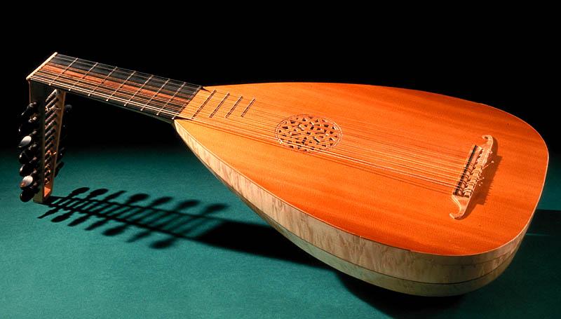 Музыкальный инструмент лютня