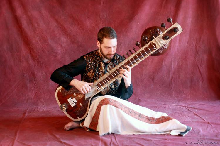 Музыкальный инструмент ситар